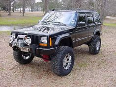jeep cherokee lifted | black Jeep cherokee picture by dillonbailey24 - Photobucket