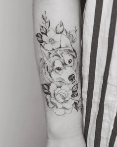 Cute flowers and wolf tattoo design on forearm by @tritoan__seventhday
