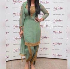 #pintrest@Dixna deol Dhoti Salwar Suits, Salwar Kurta, Indian Suits, Indian Wear, Panjabi Suit, Suit Styles, Desi Wear, Kamiz, Ethnic Outfits
