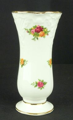 Royal Albert Old Country Roses Victorian Posy Vase 1st Quality VGC