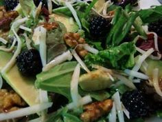 Blackberry Avocado Salad with Candied Walnuts and Blackberry Balsamic Dressing