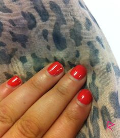 Stunning Lobster Roll Shellac, still perfect 2 weeks later