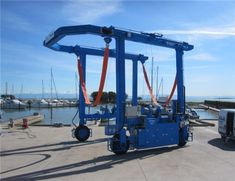 150 ton travel lift has high quality structure and good performance. The model can meet your samll or medium boat size. Boat Hoist, Gantry Crane, Boat Fashion, Small Boats, Us Travel