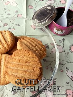 De klassiske gaffelkager med en ekstra nøddeagtig smag pga. boghvedemelet, tilmed glutenfri og low fodmap venlige. Prøv dem til en god kop kaffe.