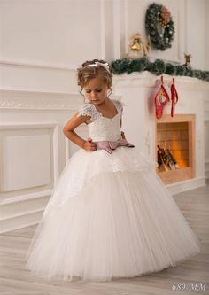 Fiesta de cumpleaños-Vestido de novia marfil por Butterflydressua