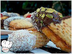 ΠΤΙ ΦΟΥΡ ΣΠΙΤΙΚΑ ΜΕ ΜΑΡΜΕΛΑΔΑ!!! Greek Sweets, Greek Desserts, Greek Recipes, Fun Desserts, Best Dessert Recipes, Special Recipes, Pastry Recipes, Cooking Recipes, Greek Cookies