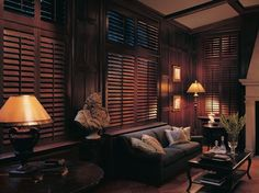 A Classic Look That Never Goes Out of Style,http://www.windowhappenings.com/products/CustomWindowTreatments/CustomShutters