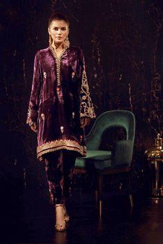 Zinnia Velvet Pakistani Dress, Pakistani Bridal Dresses, Pakistani Dress Design, Pakistani Outfits, Indian Outfits, Velvet Suit Design, Velvet Dress Designs, Churidar, Anarkali