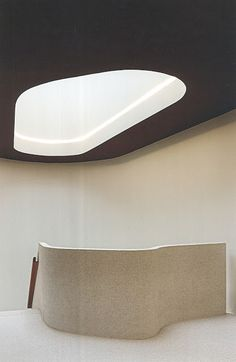 Skylight and staircase Interior Stairs, Interior And Exterior, Luxury Interior, Architecture Design, Minimal Architecture, Contemporary Architecture, Amazing Architecture, Contemporary Interior, Photo D'architecture