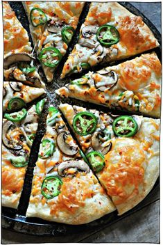 The Best Vegan Pizza Recipes! Classic toppings like vegan cheese, basil, or pepperoni, and adventurous pizzas like jalapeno popper, and breakfast pizza! Vegan Recipes Videos, Best Vegan Recipes, Pizza Recipes, Vegan Ideas, Free Recipes, Vegetarian Recipes, Cheesy Pizza Recipe, Vegan Pizza Recipe, Vegan Food