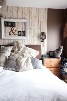 like the picture above the headboard