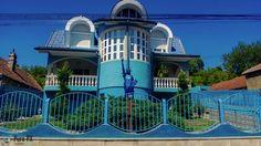 Oradea kitsch Kitsch, Photoshop, Mansions, House Styles, Home Decor, Decoration Home, Manor Houses, Room Decor, Villas
