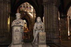 basilique de saint denis statue de Louis XVI et Marie Antoinette
