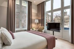 NH Collection Amsterdam Grand Hotel Krasnapolsky, Amsterdam, Executive Double Room, Guestroom