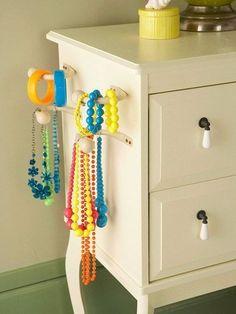 Jewelry organization ideas for little girl