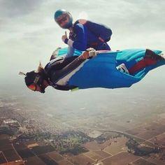Wingsuit rodeo ! Mountain Bike Action, Mountain Biking, Wingsuit Flying, Dynamic Action, Base Jumping, Paragliding, Skydiving, Extreme Sports, Bmx