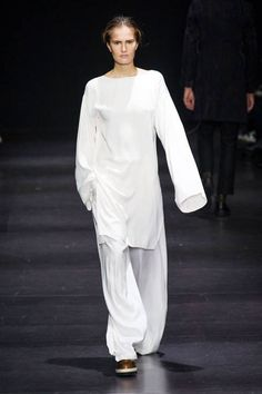 Ann Demeulemeester Fall 2014 Ready-to-Wear Collection