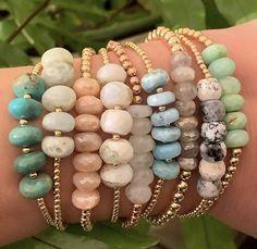 Les meilleures ventes Nos produits les plus populaires selon les ventes. Mises à jour chaque heure. Gemstone Bracelets, Handmade Bracelets, Gemstone Jewelry, Beaded Jewelry, Boho Jewelry, Handcrafted Jewelry, Bracelet Love, Bracelet Crafts, Jewelry Crafts