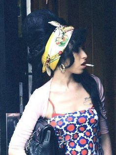 Amy Winehouse candid.