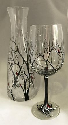 Cardinal Wine Glass Hand Painted Red Spirit Bird Snowy Tree Branches Seasonal Holiday Winter Glassware Collectible Visitor From Heaven Gift Snuggle up next to the fire and warm up your winter with these seasonal Winter Wine Collection! Snow capped trees w Decorated Wine Glasses, Hand Painted Wine Glasses, Wine Bottle Art, Painted Wine Bottles, Vodka Bottle, Glass Painting Designs, Snowy Trees, Red Wine Glasses, Champagne Glasses