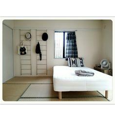harukaさんの、ベッド周り,無印良品,シンプル,賃貸,見せる収納,2DK,のお部屋写真