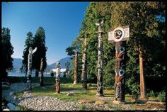 Vancouver Picture Gallery: Stanley Park Totem Poles, Vancouver, British Columbia