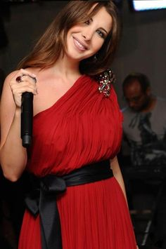 Check out @viviana & other top #Arab #Celebrities in #Red dresses…