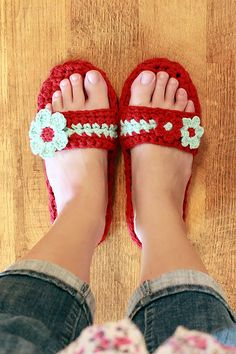 Pammy Sandals Crochet Pattern  - - LOVE THIS !!!
