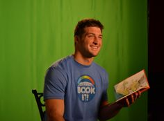 Tim Tebow Reads Dr. Seuss Green Eggs & Ham To A Hip-Hop Beat (Video) did soooo much better than the Biebs last year!
