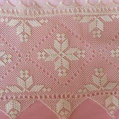 Seed Bead Tutorials, Beading Tutorials, Needle Lace, Needle And Thread, Filet Crochet, Crochet Stitches, Knitting Patterns, Crochet Patterns, Crochet Curtains
