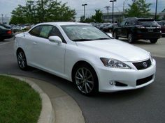 2013 Lexus IS250C Base 2dr Convertible Convertible 2 Doors White for sale in Lexington, KY Source: http://www.usedcarsgroup.com/used-lexus-for-sale-in-lexington-ky