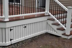 Superb Deck Design Cool Deck Skirting Ideas for Every Home & Yard - Find and save ideas about Deck skirting ideas in this article. Cool Deck, Diy Deck, Patio Plan, Outdoor Spaces, Outdoor Living, Outdoor Decor, Deck Skirting, House Skirting, Under Decks