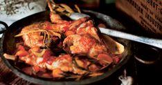 Découvrez cette recette de Lapin alla cacciatore pour 4 personnes, vous adorerez! Cacciatore, Chicken, Food, Yummy Recipes, Kitchens, Meals, Yemek, Buffalo Chicken, Eten