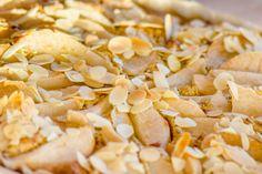 Valašské frgále - Spicy Crumbs Snack Recipes, Snacks, Spicy, Chips, Vegetables, Cake, Food, Snack Mix Recipes, Appetizer Recipes