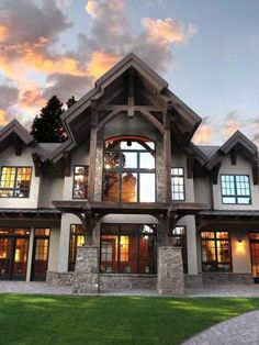 37 ~ At This Time ~ The Most Popular Modern Dream House Exterior Design Ideas At this time Dream House Exterior, Dream House Plans, Dream Houses, Mountain Home Exterior, Rustic Houses Exterior, Modern Exterior, Design Patio, Exterior Design, Exterior Colors