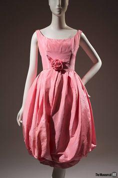 85bb2c9557b 1960 Yves Saint Laurent for Christian Dior. Vintage Fashion 1950s, Vintage  Couture, Retro