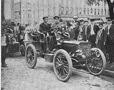 L.D. Rango in a 1903 Peerless Racer at Elyria Races