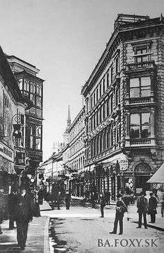 Ulice a námestia - Rybárska brána - Pohľady na Bratislavu Ulice, Old Street, Bratislava, Old City, Time Travel, Squares, Louvre, Street View, Times