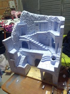 in this Step-by-Step guide, I will explain how to create old brick walls for a miniature Diorama. Christmas Village Display, Christmas Nativity Scene, Christmas Villages, Christmas Cave, Village Miniature, Miniature Crafts, Tabletop Rpg, Tabletop Games, Dollhouse Miniatures