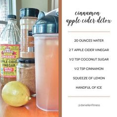 Apple Cider Vinegar // ACV Detox Drink // Apple Cider Vinegar Cinnamon Water // Boost your immune system, regulate your ph, fight hormonal acne, increase stomach acid for digestion and lose weight.