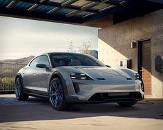 Porsche Mission E mo