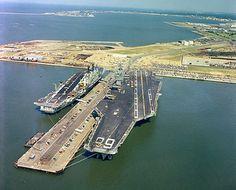 Cruisers, Naval Station Norfolk, Site Portfolio, Hms Ark Royal, Navy Carriers, Uss Nimitz, Royal Australian Navy, Navy Aircraft Carrier, Us Navy Ships