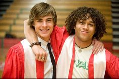 Still of Corbin Bleu and Zac Efron in High School Musical 3: Senior Year (2008)