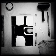 Inking up and placing the paper stencils #monotype #printmaking
