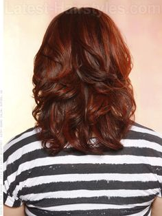 dark layered brown hair red highlights back view