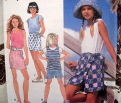 SIMPLICITY SEWING PATTERN - 9553 GIRLS 12,14 EZ SEW SKORT SHORTS TOP
