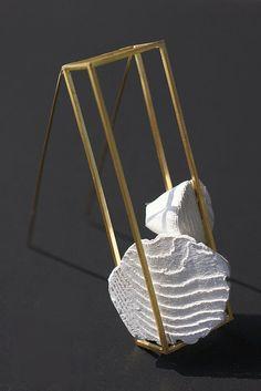 "Anja Eichler -Mare series - cuttlefishbone - ""la gabbia dorata"" brooch - cuttlefishbone, gold"