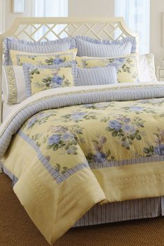 Caroline Comforter Set - Yellow