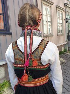 Line S, Folk Costume, Girl Dolls, Norway, American Girl, Band, Diy, Clothes, Fashion