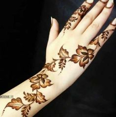 Wedding Henna Designs, Indian Henna Designs, Engagement Mehndi Designs, Latest Henna Designs, Floral Henna Designs, Finger Henna Designs, Mehndi Designs For Beginners, Modern Mehndi Designs, Mehndi Design Photos